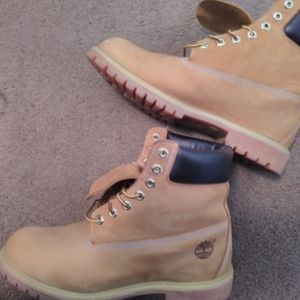 6 inch wheat colored timberlands